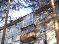 Застекленный балкон с раздвижными створками и крышей
