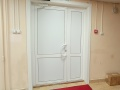 Общежитие ИРГУПС - эваукационная дверь